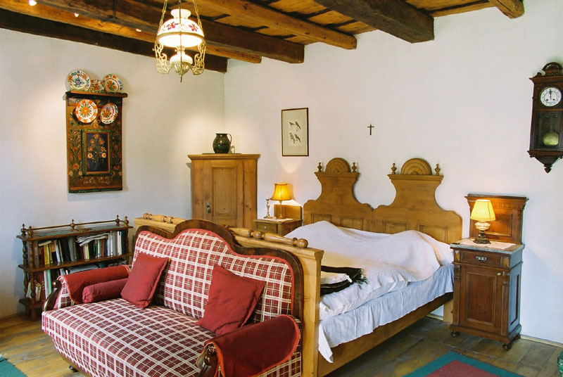 Historical Transylvanian Rooms Stay In 19th Century