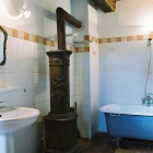 Guest bathroom, Transylvania. Photo: Tibor Kalnoky.